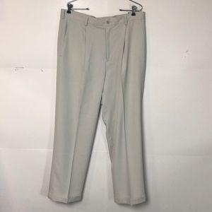 Nike Golf pants 36 x 30 light grey pleated
